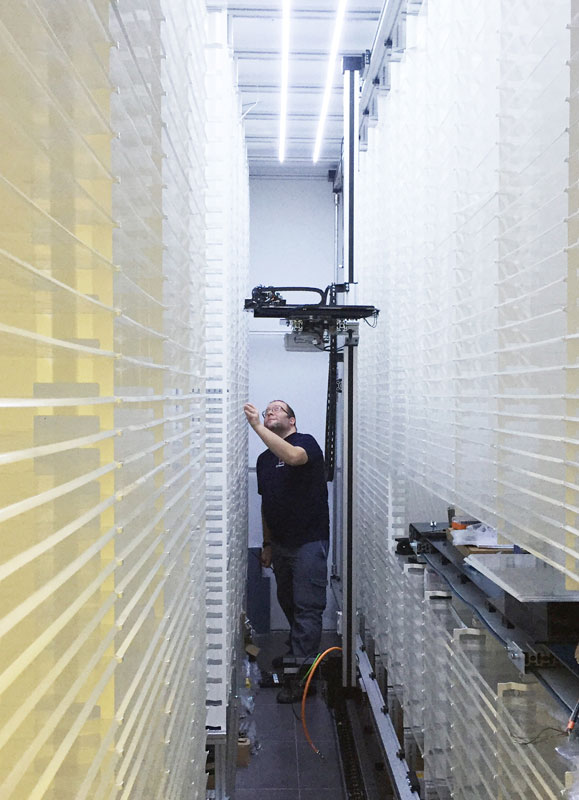 Montaje de Robot para farmacia Luse Ingeniería